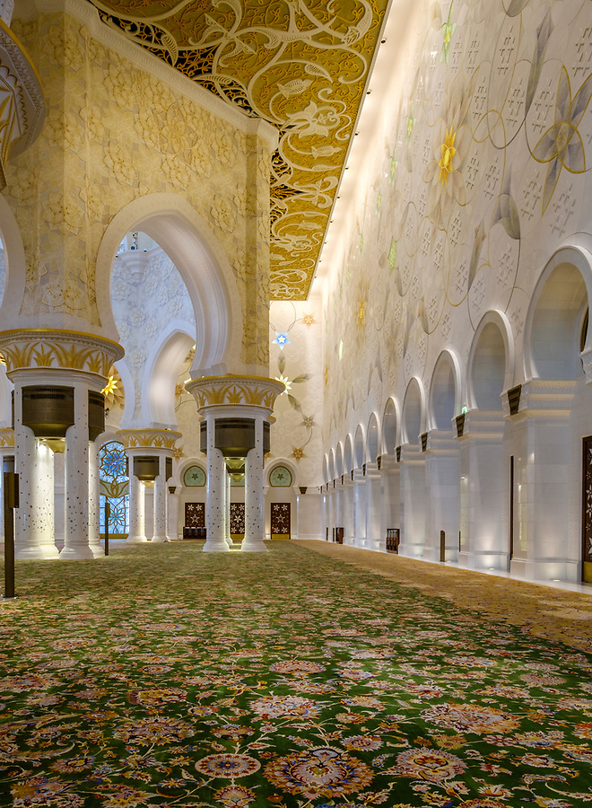 UNITED ARAB EMIRATES, ABU DHABI - CIRCA JANUARY 2017:  Interior of the main prayer hall in Sheikh Zayed Mosque