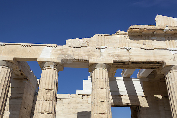 The Propylaea, the entrance to the Acropolis, Athens, Greece <br /> CAP/MEL<br /> &copy;MEL/Capital Pictures /MediaPunch ***NORTH AND SOUTH AMERICA ONLY***