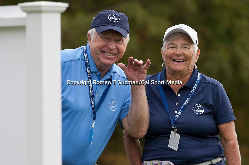 November 17, 2011: Tournament volunteers during first round golf action from the CME Group Titleholders held at The Grand Cypress Resort, Orlando, Fla.