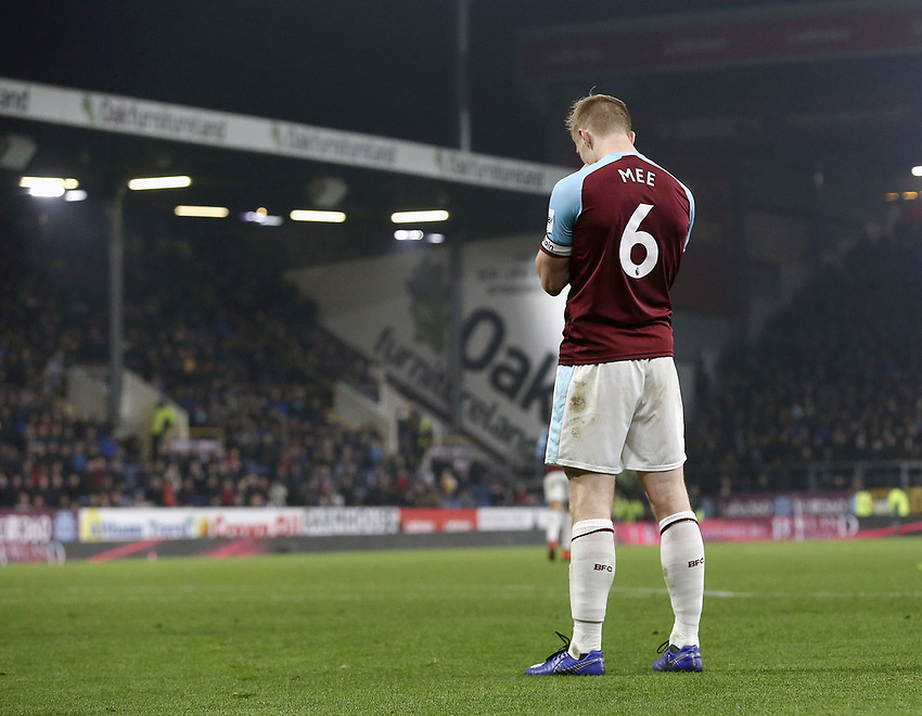 Burnley's Ben Mee rues a missed opportunity late in the game<br /> <br /> Photographer Rich Linley/CameraSport<br /> <br /> The Premier League - Burnley v Everton - Wednesday 26th December 2018 - Turf Moor - Burnley<br /> <br /> World Copyright © 2018 CameraSport. All rights reserved. 43 Linden Ave. Countesthorpe. Leicester. England. LE8 5PG - Tel: +44 (0) 116 277 4147 - admin@camerasport.com - www.camerasport.com