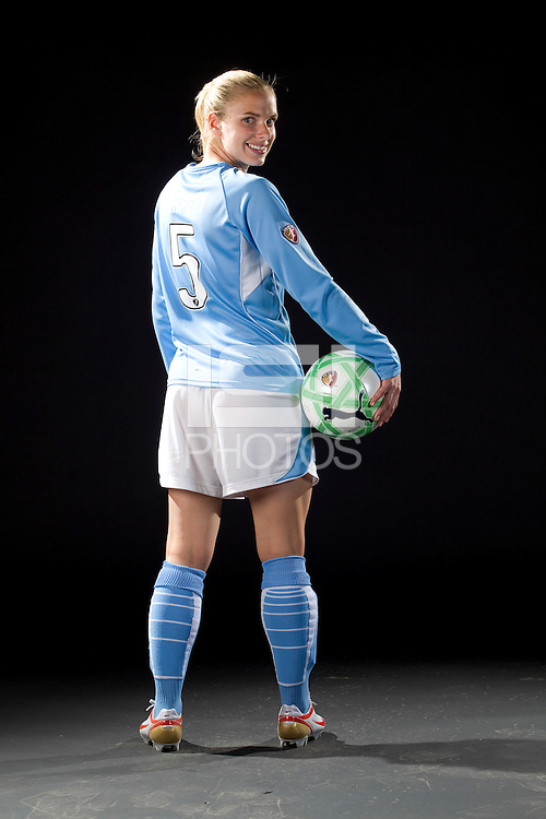 Lindsay Tarpley, WPS promotional photo shoot, 2009.
