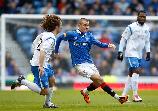 Vladimir Weiss attacks before picking up an ankle knock
