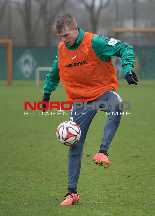 31.03.2015, Trainingsgelaende, Bremen, GER, 1.FBL, Training Werder Bremen, im Bild Janek Sternberg (Bremen #37)<br /> <br /> Foto &copy; nordphoto / Frisch