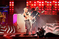 NEW YORK - September 5:  Gwen Stefani of No Doubt performs during the 2012 NFL Kick-Off Concert in Rockefeller Center on September 5, 2012 in New York City. (Photo by MPI81/MediaPunchInc) /NortePhoto.com<br />