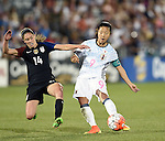 Morgan Brian (USA), Yuki Ogimi (JPN), JUNE 2, 2016 - Football / Soccer : Women's International Friendly match between United States 3-3 Japan at Dick's Sporting Goods Park in Commerce City, Colorado, United States. (Photo by AFLO)