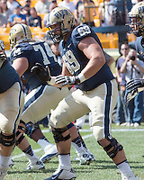 Pitt offensive tackle Adam Bisnowaty (69). The Pitt Panthers defeated the Virginia Cavaliers 14-3 at Heinz Field, Pittsburgh, PA on Saturday, September 28, 2013.