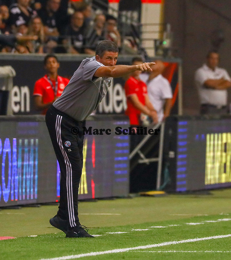 Trainer Thierry Laurey (Racing Club de Strasbourg Alsace) - 29.08.2019: Eintracht Frankfurt vs. Racing Straßburg, UEFA Europa League, Qualifikation, Commerzbank Arena<br /> DISCLAIMER: DFL regulations prohibit any use of photographs as image sequences and/or quasi-video.