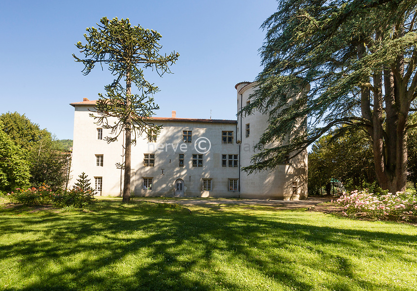 France, Haute-Loire (43), Aurec-sur-Loire, château seigneurial d'Aurec