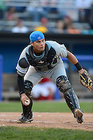 Hudson Valley Renegades catcher Oscar Hernandez (28) during a game against the Batavia Muckdogs on August 6, 2013 at Dwyer Stadium in Batavia, New York.  Batavia defeated Hudson Valley 4-3.  (Mike Janes/Four Seam Images)