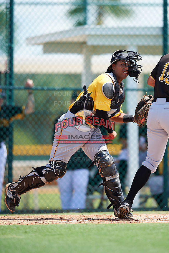 Pittsburgh Pirates catcher Raul Hernandez (92) throws to first base during an Instructional League Intrasquad Black & Gold game on September 20, 2016 at Pirate City in Bradenton, Florida.  (Mike Janes/Four Seam Images)