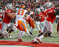 Ohio State Buckeyes running back J.K. Dobbins (2) scores a touchdown against Illinois Fighting Illini during the 1st half of their game at Ohio Stadium on November 18, 2017.  [Kyle Robertson / Dispatch]