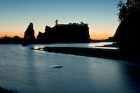 Tidal pool on Ruby Beach after sunset.<br /> <br /> Canon EOS 30D, 17-40 f/4L lens