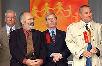 Centraide, sept 2001<br /> <br /> <br /> <br /> PHOTO : <br />  - Agence Quebec Presse<br /> <br /> NOTE : Les ajustements finaux, recadrage et retouche des poussieres seont effectu&eacute;es sur les images command&eacute;es.