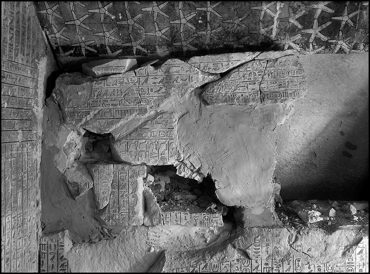 Pyramid of Pharaoh Pepi II (VIth dynasty) excavated by Jéquier. On the walls of the king's chamber are ancient Egyptian sacred texts, on the ceiling eternal stars which hang above the sarcophagus of the king, not far from whom it is inscribed: No, it is not in death that you came her, but rather alive and for all eternity.....CHADOUF MOHAMMED/COLLECTION PATRICK CHAPUIS-PHILIPPE FLANDRIN