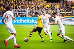 11.05.2019, Signal Iduna Park, Dortmund, GER, 1.FBL, Borussia Dortmund vs Fortuna Düsseldorf, DFL REGULATIONS PROHIBIT ANY USE OF PHOTOGRAPHS AS IMAGE SEQUENCES AND/OR QUASI-VIDEO<br /> <br /> im Bild | picture shows:<br /> Christian Pulisic (Borussia Dortmund #22) setzt sich gegen Oliver Fink (Fortuna #7) und Niko Giesselmann (Fortuna #23) durch, <br /> <br /> Foto © nordphoto / Rauch