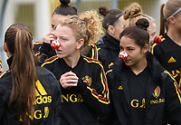 20191107 - Zapresic , BELGIUM : Belgian Charlotte Tison and Lola Wajnblum (r) pictured with a red nose on during a Matchday -1 training session before a  female soccer game between the womensoccer teams of  Croatia and the Belgian Red Flames , the third women football game for Belgium in the qualification for the European Championship round in group H for England 2021, Thursday 7 th october 2019 at the NK Inter Zapresic stadium near Zagreb , Croatia .  PHOTO SPORTPIX.BE | DAVID CATRY