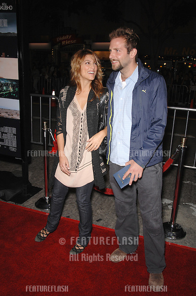 """JENNIFER ESPOSITO & BRADLEY COOPER at the Los Angeles premiere of """"Babel""""..November 5, 2006  Los Angeles, CA.Picture: Paul Smith / Featureflash"""