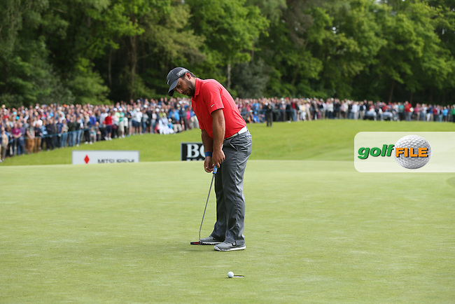 Nervous out from Francesco Molinari (ITA) on the 17th allowed Byeong Hun-An (KOR) to draw level at the top of the leaderboard during Round Three of the 2015 BMW PGA Championship over the West Course at Wentworth, Virginia Water, London. 23/05/2015. Picture David Lloyd | www.golffile.ie.