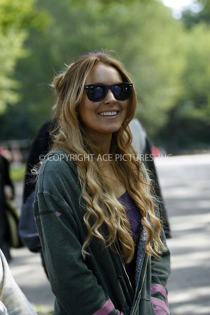 WWW.ACEPIXS.COM . . . . .  ....September 10, 2008. New York City.....Actress Lindsay Lohan on the set of TV show 'Ugly Betty in Central Park on September 10, 2008 in New York City.......Please byline: NANCY RIVERA - ACEPIXS.COM.... *** ***..Ace Pictures, Inc:  ..Philip Vaughan  (646) 769 0430..e-mail: info@acepixs.com..web: http://www.acepixs.com