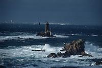 Europe/France/Bretagne/29/Finistère/Pointe du Raz: Au fond l'Ile d'Ouessant