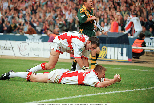 PAUL NEWLOVE scores, ENGLAND 20 v Australia 16, World Cup 1995, Wembley, 95. Photo: Glyn Kirk/Action Plus....rugby league.celebration.celebrate.celebrating.celebrations.joy.celebrates.1995.try tries score scoring