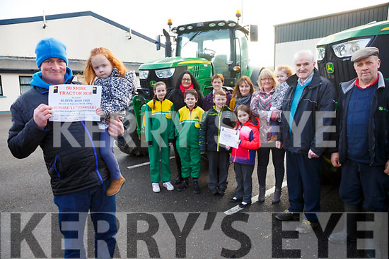 A Sunrise Tractor Run will take place from Foilmore Community Centre on the 11th February with registration from 5:30am departing at 6:45am with all proceed going to the Reask & Valentia Wards of Kerry University Hospital, pictured here l-r; John Sheehan, Clodagh O'Sullivan, Aoibhínn Devereux, Trisha Devereux, Óisín Devereux, Eileen Sheehan, Aodhán O'Sullivan, Martina O'Sullivan, Sorcha O'Sullivan, Mary Lucey Sheehan, Muireann O'Sullivan, Dan Tim O'Sullivan & Donal Martin Griffin.