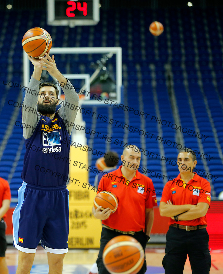 Nikola Mirotic European championship group B basketball match between Serbia and Italy on 9. September 2015 in Berlin, Germany  (credit image & photo: Pedja Milosavljevic / STARSPORT)