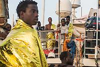 Sea Watch-2.<br /> Die Sea Watch-2 bei ihrer 13. SAR-Mission vor der libyschen Kueste.<br /> Im Bild: Gefluechtete an Bord der Sea Watch-2.<br /> 21.10.2016, Mediterranean Sea<br /> Copyright: Christian-Ditsch.de<br /> [Inhaltsveraendernde Manipulation des Fotos nur nach ausdruecklicher Genehmigung des Fotografen. Vereinbarungen ueber Abtretung von Persoenlichkeitsrechten/Model Release der abgebildeten Person/Personen liegen nicht vor. NO MODEL RELEASE! Nur fuer Redaktionelle Zwecke. Don't publish without copyright Christian-Ditsch.de, Veroeffentlichung nur mit Fotografennennung, sowie gegen Honorar, MwSt. und Beleg. Konto: I N G - D i B a, IBAN DE58500105175400192269, BIC INGDDEFFXXX, Kontakt: post@christian-ditsch.de<br /> Bei der Bearbeitung der Dateiinformationen darf die Urheberkennzeichnung in den EXIF- und  IPTC-Daten nicht entfernt werden, diese sind in digitalen Medien nach &sect;95c UrhG rechtlich geschuetzt. Der Urhebervermerk wird gemaess &sect;13 UrhG verlangt.]