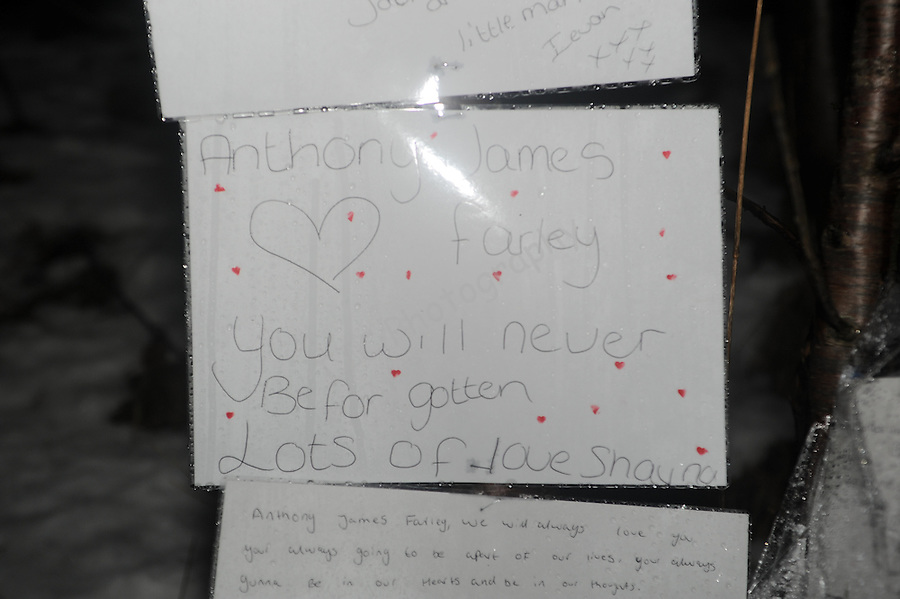 Messages left at the scene where Anthony Farley was tragically killed while tobogganing with a friend on Sunday 21st February 2010.  ..Date: 24th February 2010, Tredegar, Chartist Way.© Ian Cook IJC Photography, 07599826381,  iancook@ijcphotography.co.uk, www.ijcphotography.co.uk
