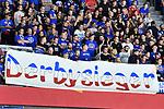 """Die Mannheimer Fans mit einem Plakat """"Derbysieger"""" beim Testspiel, Adler Mannheim (blau) - Loewen Frankfurt (weiss).<br /> <br /> Foto © PIX-Sportfotos *** Foto ist honorarpflichtig! *** Auf Anfrage in hoeherer Qualitaet/Aufloesung. Belegexemplar erbeten. Veroeffentlichung ausschliesslich fuer journalistisch-publizistische Zwecke. For editorial use only."""