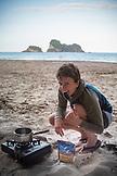 NEW ZEALAND, Coromandel Peninsula, Beachside Cooking, Ben M Thomas