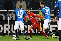 Antonio Fischer (FSV Frankfurt) und Yannick Stark (FSV Frankfurt) gegen Branimir Hrgota (Eintracht Frankfurt)- 10.11.2016: FSV Frankfurt vs. Eintracht Frankfurt, Frankfurter Volksbank Stadion
