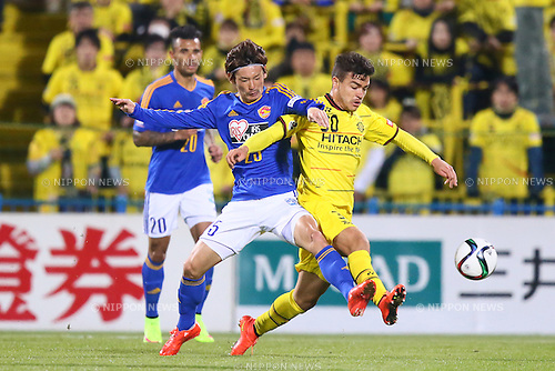 (L-R)<br /> Naoki Sugai (Vegalta),<br /> Cristiano (Reysol),<br /> MARCH 13, 2015 - Football / Soccer : <br /> 2015 J1 League 1st stage match between<br /> Kashiwa Reysol 1-1 Vegalta Sendai<br /> at Hitachi Kashiwa Stadium in Chiba, Japan.<br /> (Photo by Shingo Ito/AFLO SPORT)
