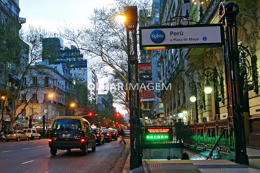 Estaçao de metro na Calle Florida. Buenos Aires. Argentina. 2008. Foto de Caio Vilela.