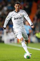 ATENCAO EDITOR IMAGEM EMBARGADA PARA VEICULOS INTERNACIONAIS - MADRI, ESPANHA, 15 JANEIRO 2013 - COPA DO REI - REAL MADRID X VALENCIA - Cristiano Ronaldo jogador do Real Madrid durante partida pelo jogo de ida das quartas-de-finais da Copa do Rei no Estadio Santiago Bernabeu em Madri capital da Espanha, nesta terca-feira, 15. (FOTO: CESAR CEBOLLA / ALFAQUI / BRAZIL PHOTO PRESS)..