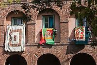 Europe/France/Languedoc-Roussillon/66/Pyrénées-Orientales/Perpignan: Placa d'el Puig dans le quartier Saint-Jacques, le quartier gitan