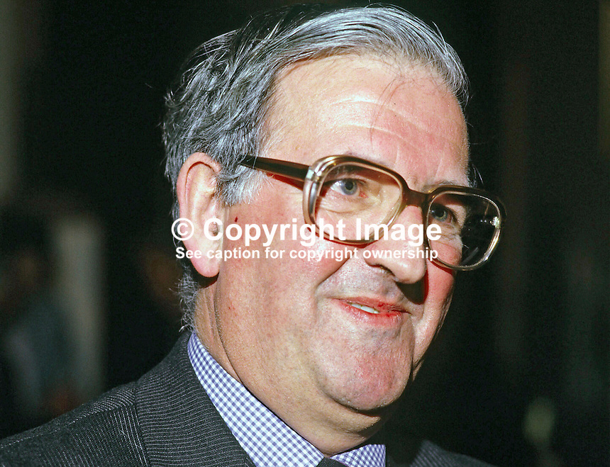 Ken Bloomfield, head of N Ireland Civil Service, later Sir Ken Bloomfield. Ref: 1985033719.<br />
