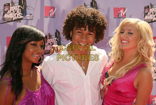 MONIQUE COLEMAN, CORBON BLEU & ASHLEY TISDALE.2007 MTV Movie Awards held at the Gibson Amphitheater, Universal City, California, USA..June 3rd, 2007.headshot portrait white pink purple fuchsia satin .CAP/ADM/RE.©Russ Elliot/AdMedia/Capital Pictures *** Local Caption *** ...