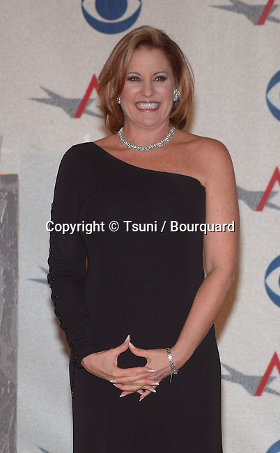 """Lorna Luft backstage at the AFI Awards 2001 at the Beverly Hills Hotel in Los Angeles Saturday, January 5, 2002. She accepted AFI Award for Judy Davis who won AFI Actor of the Year-Female-Movie or Mini-Series for """"Life with Judy Garland: Me and My Shadows.""""          -            LuftLorna02.jpg"""