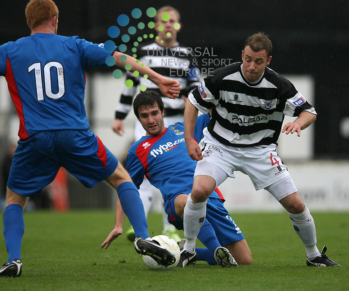 Ayr's Andy Aitken tries tp get past Cally players Adam Rooney (10) and Dean Kennan during the Irn-Bru First Division match between Ayr Utd and Inverness CT at Somerset Park 24/10/09..Picture by Ricky Rae/universal News & Sport (Scotland).