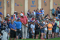 Josh Teater (USA) chips on to 18 during day 3 of the Valero Texas Open, at the TPC San Antonio Oaks Course, San Antonio, Texas, USA. 4/6/2019.<br /> Picture: Golffile | Ken Murray<br /> <br /> <br /> All photo usage must carry mandatory copyright credit (© Golffile | Ken Murray)