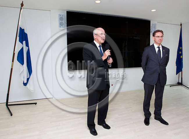 BRUSSELS - BELGIUM - 22 May 2013 -- Inauguration reception at the Permanent Representation of Finland to the EU and The Embassy of Finland to Belgium. -- Jan STORE, Ambassador to the EU; Jyrki KATAINEN, Prime Minister of Finland. -- PHOTO: Juha ROININEN /  EUP-IMAGES