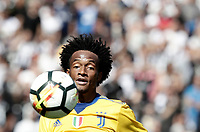Calcio, Serie A: Reggio Emilia, Mapei stadium, 17 settembre 2017.<br /> Juventus' Juan Cuadrado in action during the Italian Serie A football match between Sassuolo and Juventus at Reggio Emilia's Mapei stadium, September 17, 2017.<br /> UPDATE IMAGES PRESS/Isabella Bonotto