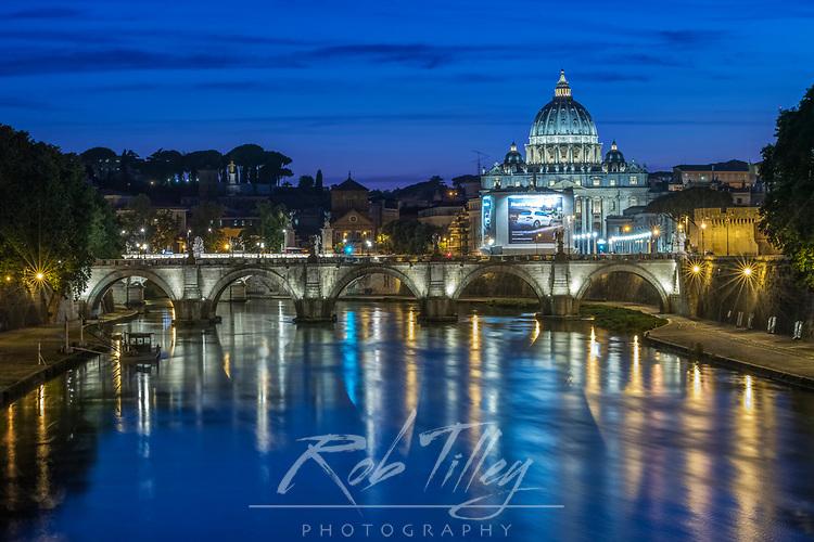 Europe, Italy, Rome, Twilight Tiber River