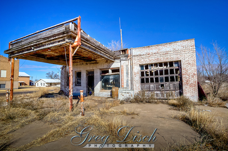 Abandoned service station in McLean Texas on historic Route 66.
