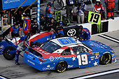 #19: Brandon Jones, Joe Gibbs Racing, Toyota Camry Toyota Comcast/NBC Universal Salute To Service