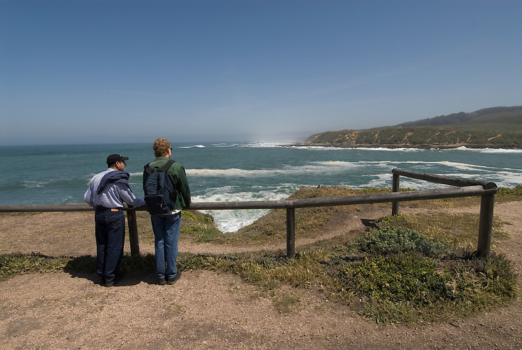 California, San Luis Obispo County: Montana de Oro state park offers scenic coastal views and tide pool exploring..Photo caluis180-71224..Photo copyright Lee Foster, www.fostertravel.com, 510-549-2202, lee@fostertravel.com