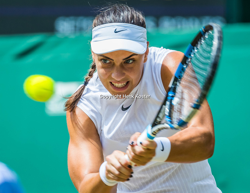 London, England, 10th July 2017. Tennis, Wimbledon. Ana Konjuh (CRO). Photo Henk Koster, Tennis Images.
