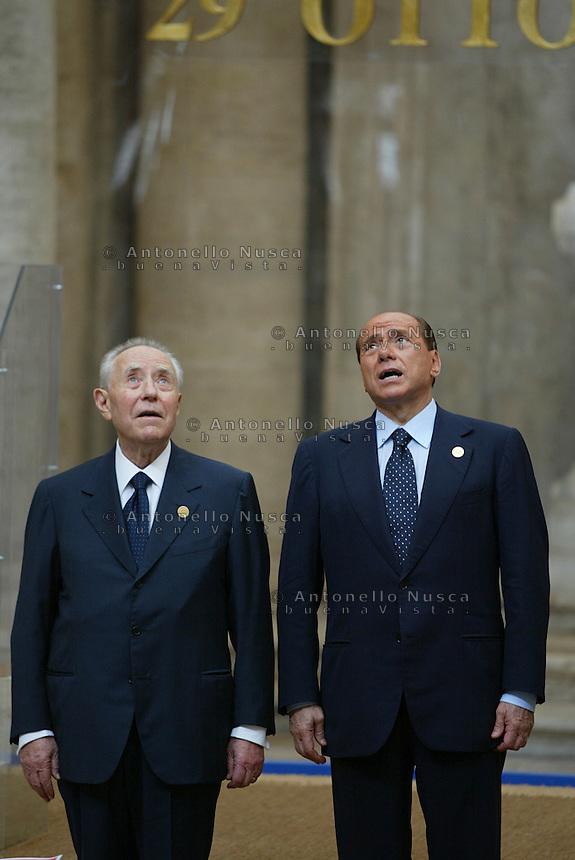 Roma, 29 ottobre, 2004. Berlusconi e Ciampi alla cerimonia per la Firma della Costituzione Europea in Campidoglio.