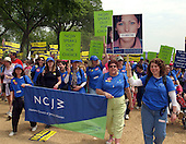"""The National Council of Jewish Women (NCJW) of New York, New York joins many other groups at the """"March for Women's Lives"""" in Washington, DC on April 25, 2004..Credit: Ron Sachs / CNP"""